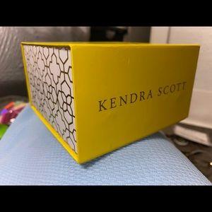 Kendra Scott Gift Box